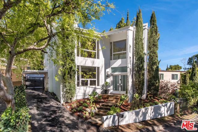 8521 Appian Way, Los Angeles (City), CA 90046 (MLS #19445066) :: Hacienda Group Inc