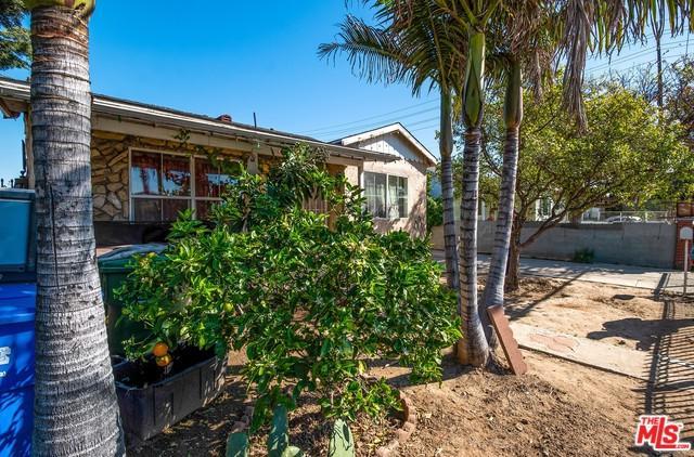 4845 Lennox, Inglewood, CA 90304 (MLS #19445172) :: Hacienda Group Inc
