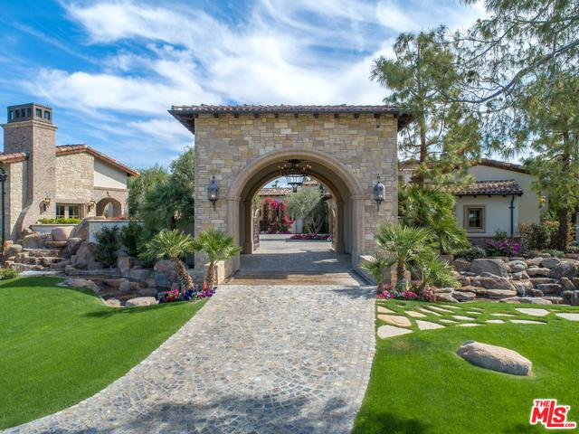 53556 Ross Avenue, La Quinta, CA 92253 (MLS #19445658) :: The Sandi Phillips Team