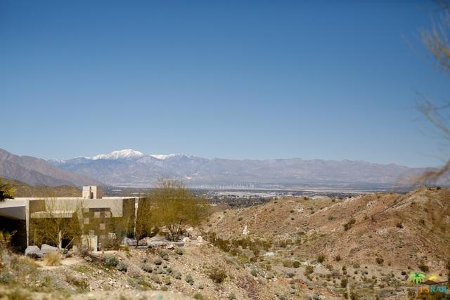 2 Sierra Vista Drive, Rancho Mirage, CA 92270 (MLS #19445866PS) :: The John Jay Group - Bennion Deville Homes