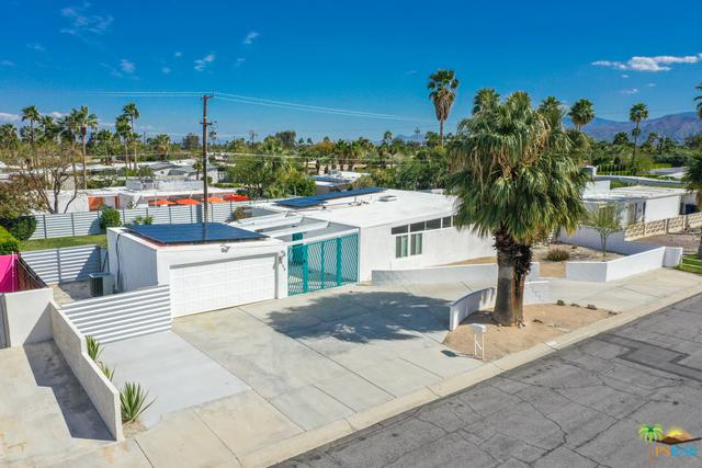 2890 E Wyman Drive, Palm Springs, CA 92262 (MLS #19445962PS) :: Brad Schmett Real Estate Group