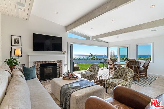 3534 Shoreheights Drive, Malibu, CA 90265 (MLS #19446002) :: Deirdre Coit and Associates