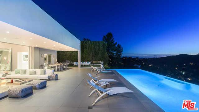 2791 Ellison Drive, Beverly Hills, CA 90210 (MLS #19446036) :: Bennion Deville Homes
