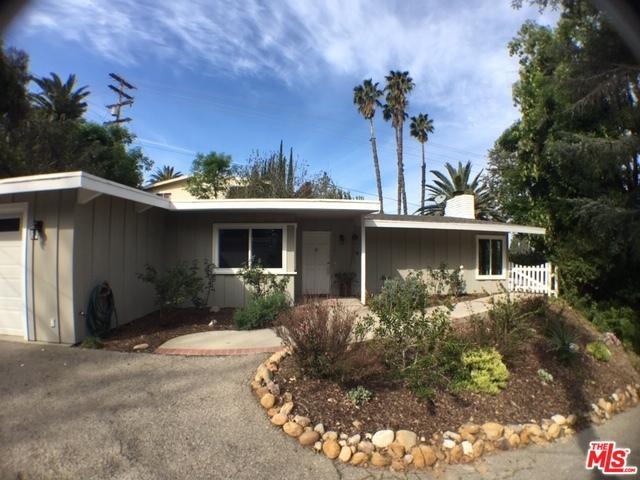 22480 S Cass Avenue, Woodland Hills, CA 91364 (MLS #19446132) :: Deirdre Coit and Associates