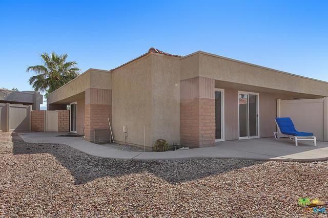 3021 Sunflower Circle W, Palm Springs, CA 92262 (MLS #19446192PS) :: Hacienda Group Inc
