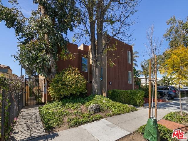 1552 Harvard Street #4, Santa Monica, CA 90404 (MLS #19446286) :: Bennion Deville Homes