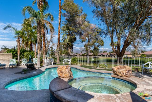 49620 Lincoln Drive, Indio, CA 92201 (MLS #19446320PS) :: The Jelmberg Team