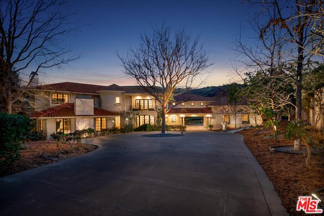 20580 Natoma Estates Drive, Woodland Hills, CA 91364 (MLS #19446616) :: Deirdre Coit and Associates