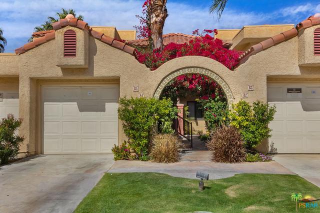 2345 S Cherokee Way #85, Palm Springs, CA 92264 (MLS #19446882PS) :: The Jelmberg Team