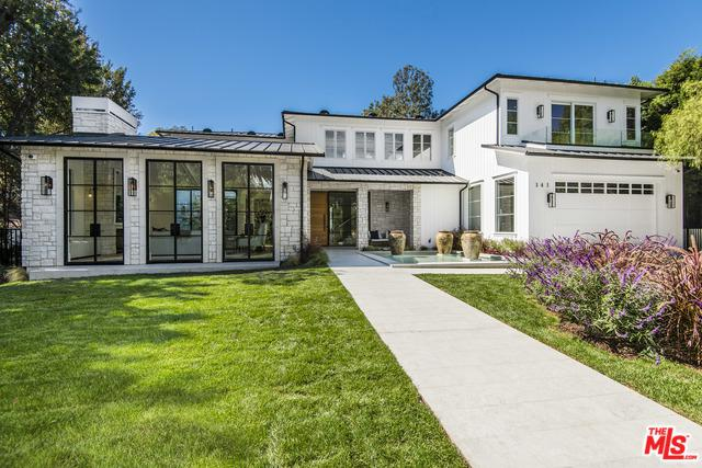 141 S Cliffwood Avenue, Los Angeles (City), CA 90049 (MLS #19446956) :: Deirdre Coit and Associates