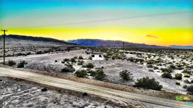 0 Gopher Grove/Sullivan Rd Road, 29 Palms, CA 92277 (MLS #19446992PS) :: The John Jay Group - Bennion Deville Homes