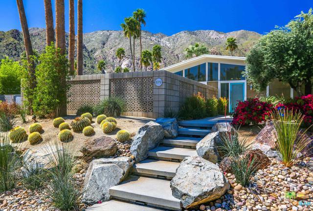 879 N Via Monte Vista Vista, Palm Springs, CA 92262 (MLS #19447070PS) :: Deirdre Coit and Associates