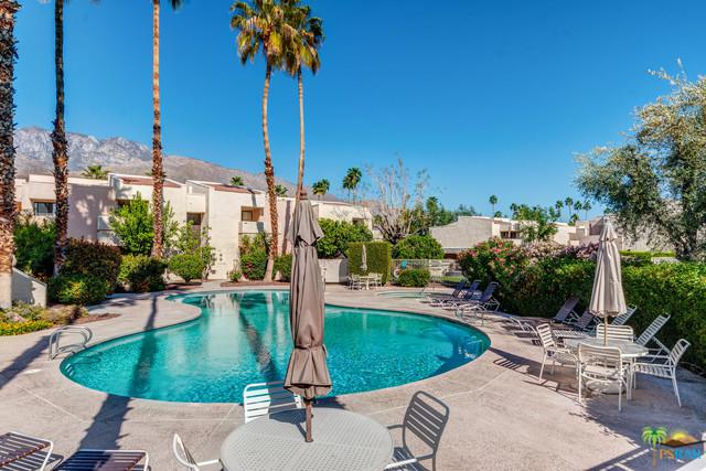 2077 Normandy Court, Palm Springs, CA 92264 (MLS #19449314PS) :: Hacienda Group Inc