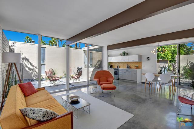 360 Cabrillo Road #232, Palm Springs, CA 92262 (MLS #19450092PS) :: Brad Schmett Real Estate Group