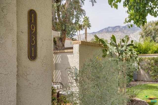 1931 Paseo Pelota, Palm Springs, CA 92262 (MLS #19450532PS) :: The Jelmberg Team