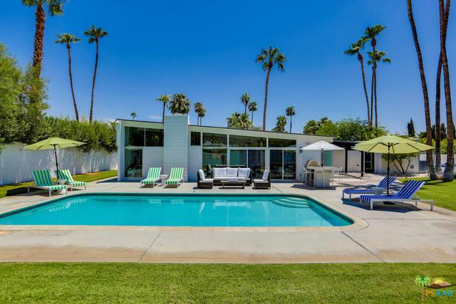 969 N Tuxedo Circle, Palm Springs, CA 92262 (MLS #19450812PS) :: Brad Schmett Real Estate Group