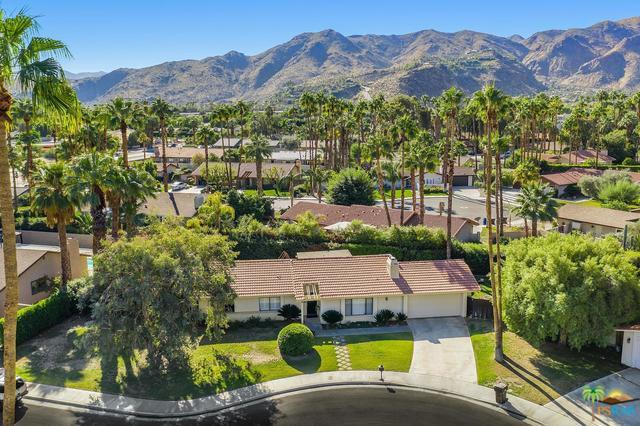 3167 E San Martin Circle, Palm Springs, CA 92264 (MLS #19451786PS) :: The John Jay Group - Bennion Deville Homes