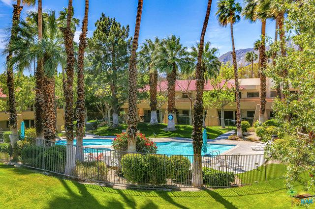 2820 N Arcadia Court #209, Palm Springs, CA 92262 (MLS #19452408PS) :: The Jelmberg Team