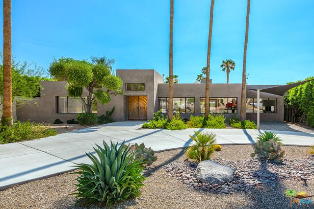 2224 N Vista Grande Avenue, Palm Springs, CA 92262 (MLS #19452714PS) :: Hacienda Group Inc
