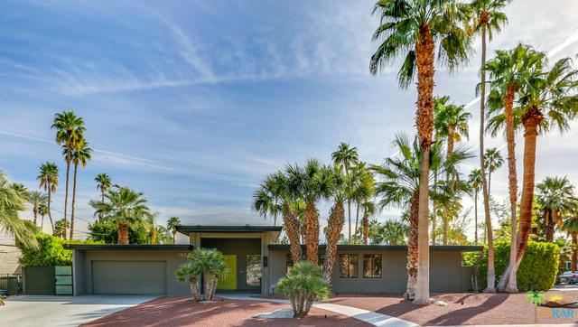 1994 S Yucca Place, Palm Springs, CA 92264 (MLS #19452932PS) :: The John Jay Group - Bennion Deville Homes