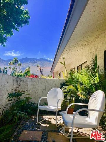 2104 N Sunshine Circle, Palm Springs, CA 92264 (MLS #19453316) :: Hacienda Group Inc
