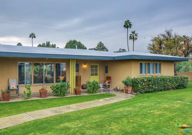 2833 E Livmor Avenue, Palm Springs, CA 92262 (MLS #19453668PS) :: Brad Schmett Real Estate Group