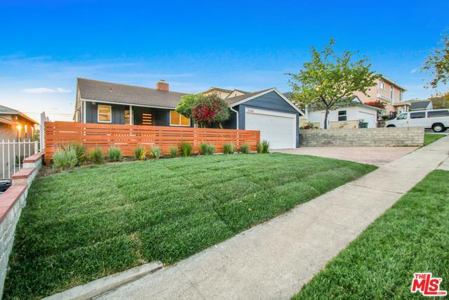 2643 N Parish Place, Burbank, CA 91504 (MLS #19454078) :: Deirdre Coit and Associates