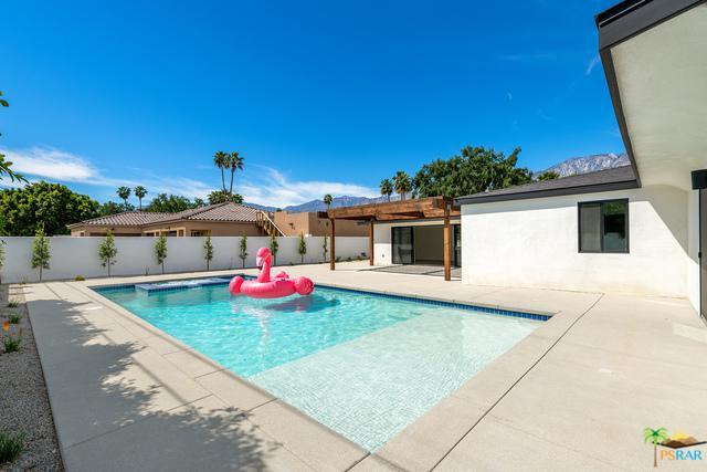 628 Desert Way, Palm Springs, CA 92264 (MLS #19454174PS) :: Brad Schmett Real Estate Group