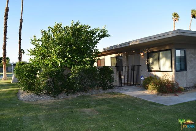 1429 N Cerritos Drive, Palm Springs, CA 92262 (MLS #19454574PS) :: Brad Schmett Real Estate Group