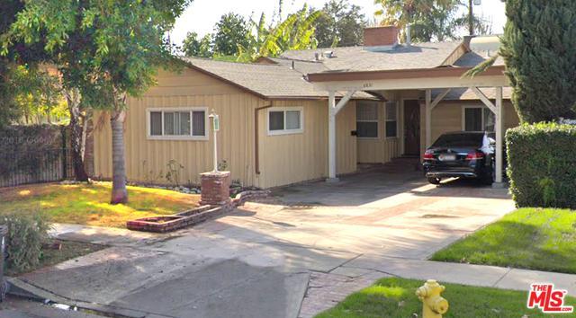 6831 Mammoth Avenue, Van Nuys, CA 91405 (MLS #19454588) :: Hacienda Group Inc