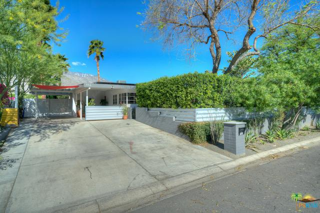 733 Desert Way, Palm Springs, CA 92264 (MLS #19455086PS) :: Brad Schmett Real Estate Group
