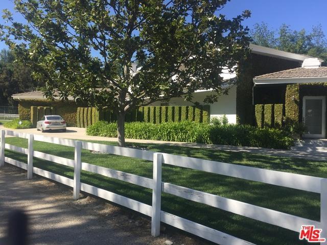 24341 Bridle Trail Road, Hidden Hills, CA 91302 (MLS #19455594) :: The John Jay Group - Bennion Deville Homes