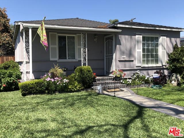 135 W Bort Street, Long Beach, CA 90805 (MLS #19455744) :: Hacienda Group Inc