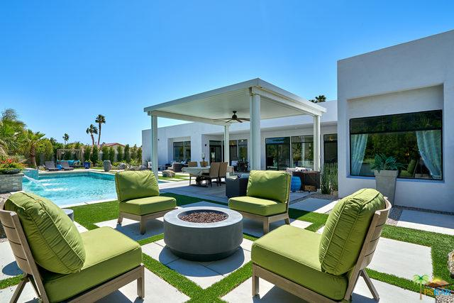 2466 E Desert Park Avenue, Palm Springs, CA 92262 (MLS #19456362PS) :: Brad Schmett Real Estate Group