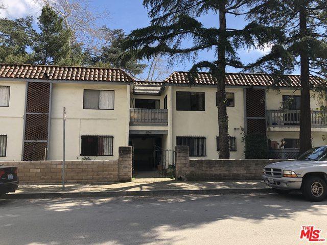 609 W Junipero Street, Santa Barbara, CA 93105 (MLS #19456508) :: The Jelmberg Team