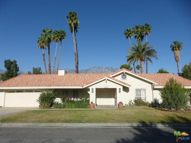 2175 S Pebble Beach Drive, Palm Springs, CA 92264 (MLS #19457310PS) :: Brad Schmett Real Estate Group