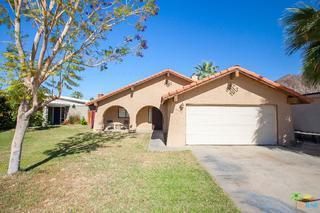 51890 Avenida Villa, La Quinta, CA 92253 (MLS #19458774PS) :: Brad Schmett Real Estate Group