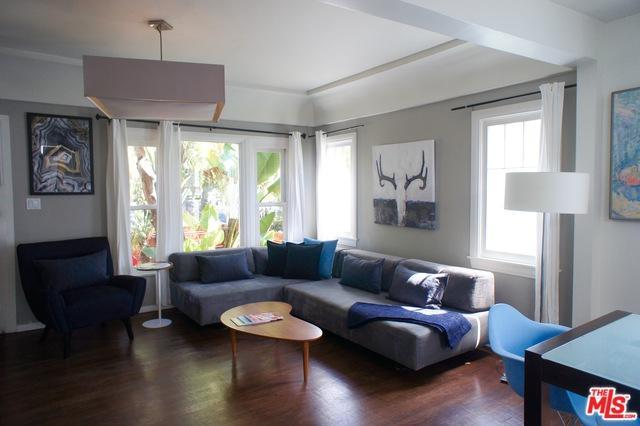 221 6th Avenue, Venice, CA 90291 (MLS #19458894) :: Bennion Deville Homes