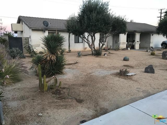 1800 N Whitewater Club Drive, Palm Springs, CA 92262 (MLS #19459472PS) :: Brad Schmett Real Estate Group
