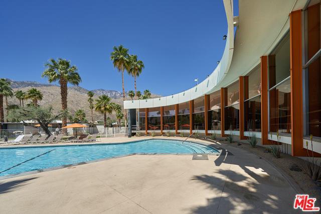 1111 E Palm Canyon Drive #111, Palm Springs, CA 92264 (MLS #19460126) :: Brad Schmett Real Estate Group