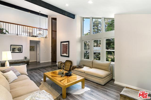 19611 Citronia Street, Northridge, CA 91324 (MLS #19460580) :: Hacienda Group Inc