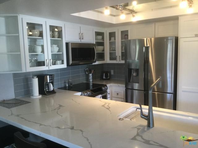 69731 Campana Court, Rancho Mirage, CA 92270 (MLS #19460658PS) :: Brad Schmett Real Estate Group