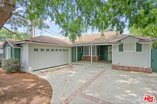 3624 Mound View Avenue, Studio City, CA 91604 (MLS #19460950) :: Bennion Deville Homes