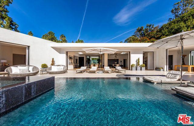 1510 Loma Vista Drive, Beverly Hills, CA 90210 (MLS #19461532) :: The Jelmberg Team