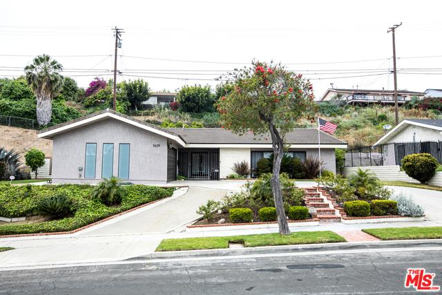 5639 S La Cienega, Los Angeles (City), CA 90056 (MLS #19461576) :: The Jelmberg Team