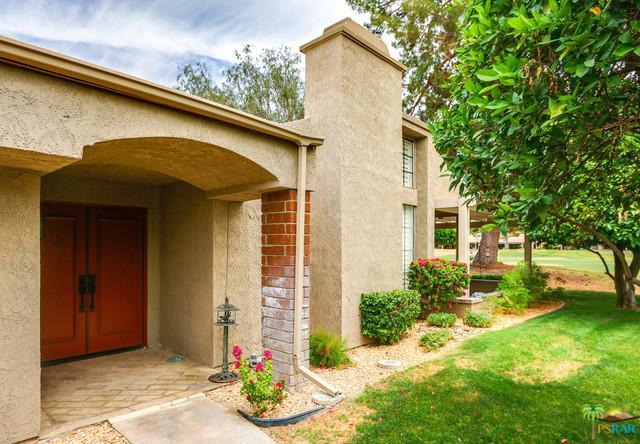 2970 Calle Loreto, Palm Springs, CA 92264 (MLS #19461726PS) :: The Jelmberg Team