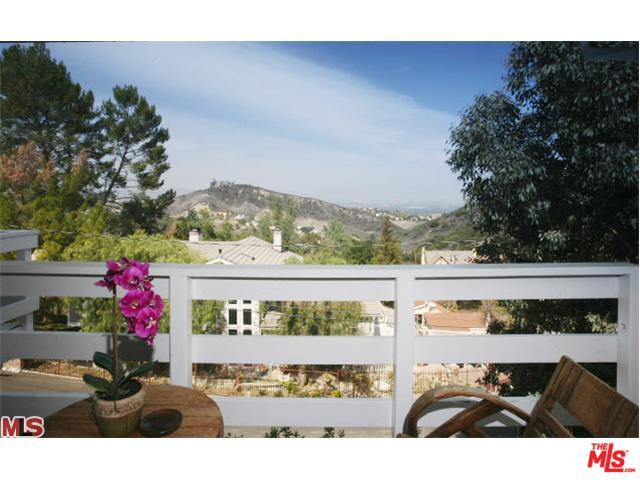 23604 Summit Drive, Calabasas, CA 91302 (MLS #19462266) :: Hacienda Group Inc