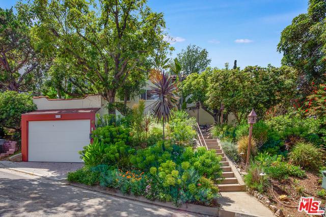 1325 Cambridge Drive, Glendale, CA 91205 (MLS #19462430) :: Hacienda Group Inc