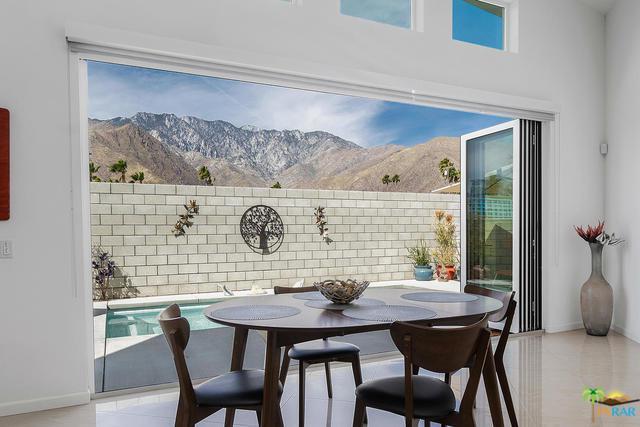 2796 N Junipero Avenue, Palm Springs, CA 92262 (MLS #19462848PS) :: Deirdre Coit and Associates