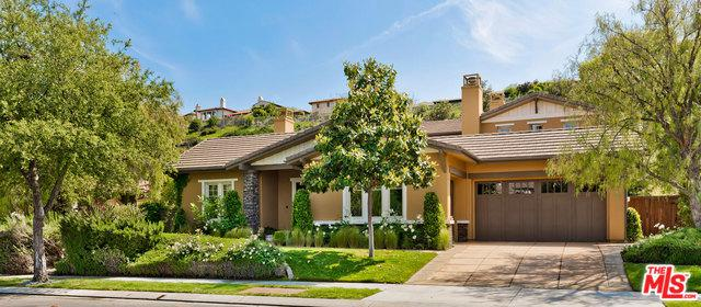 25440 Prado De Las Bellotas, Calabasas, CA 91302 (MLS #19463258) :: The Jelmberg Team